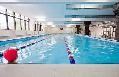 Принимаем заявки в фитнес-клуб с бассейном  в Зеленограде