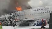 Командир сгоревшего SSJ 100 будет наказан, даже если невиновен — глава Шереметьевского профсоюза летного состава