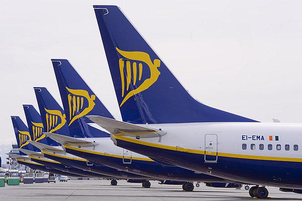 Ryanair предлагает признать профсоюзы пилотов, чтобы избежать забастовки на Рождество