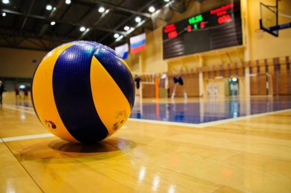 Приходите поболеть за волейболистов