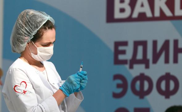 РБК: Профсоюз пилотов попросил Мишустина пустить в Россию иностранные вакцины