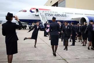 Бортпроводники British Airways решили бастовать на Рождество