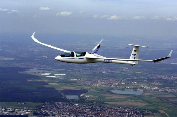 Об обращении будущих пилотов в Росавиацию *