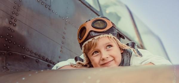 В лётную школу Авиатор  требуется пилот  Boeing 737