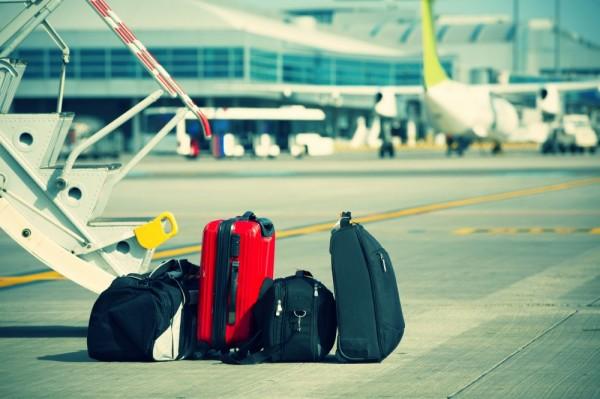 Бортпроводники просят справедливости в вопросе провоза багажа